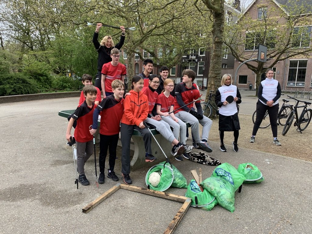 TTV Amsterdam helps cleaning up Amsterdam